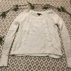 American Eagle 🦅 Outfitters Soft White Sweater XS